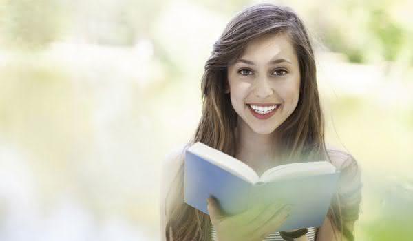 Como estudar a Bíblia de Gênesis a Apocalipse